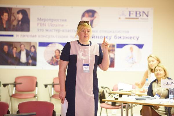 Светлана Фокина – опытный переговорщик, обладатель звания «Лучший бизнес-тренер 2010 года» по версии Лондонского института сертифицированных менеджеров (ICFM)