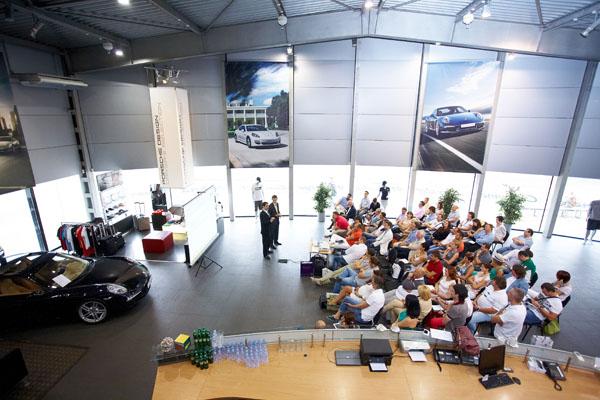 Выступление Джозефа Астрахана на 10-м ивенте FBN Ukraine в автосалоне «Porsche Спорт кар центр»