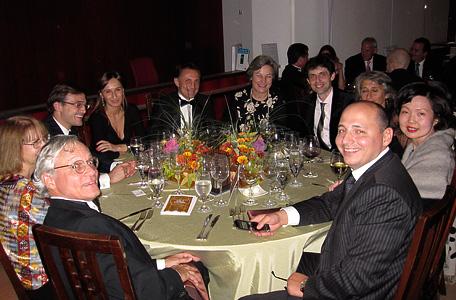 Участники FBN Ukraine совместно с владельцами семейных компаний из США, Франции и Филиппин. Гала-ужин, 21 FBN World Summit, Чикаго