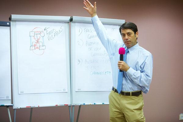 Джозеф Астрахан – «исследователь семейного бизнеса №1 в мире», мастер составления семейных генограмм